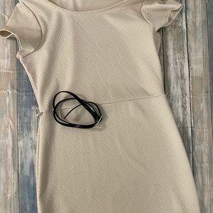 Annianna Cream Short Sleeve Sheath Dress